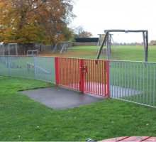 Queensway Barrier Fencing - Trip Rail / Barrier Fencing