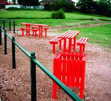 Queensgate Picnic Table Set and Litter Bin - Street Furniture