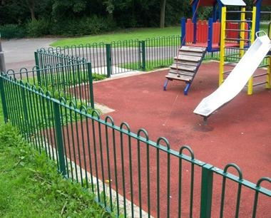 Green Bow Top Playground Fencing