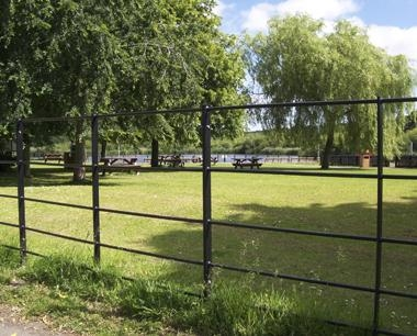 Black Steel Estate Fencing